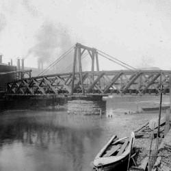 Photograph of the Beach Street bridge