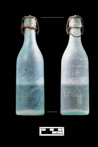 Aqua bottle, Globe Bottling Company (Catalog no. 19)